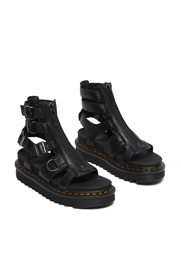 Dr. Martens low Black Aunt Sally
