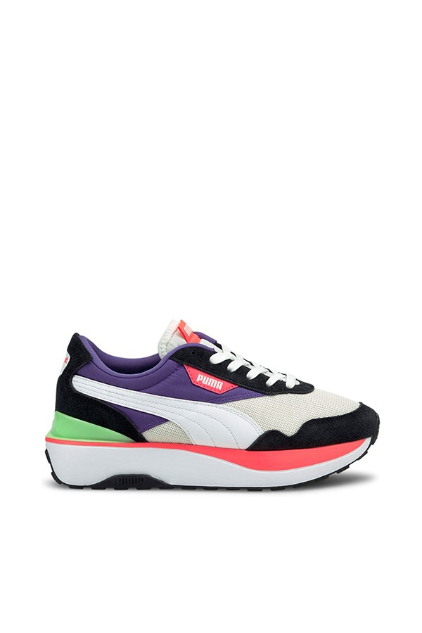 Puma low Black- White-ignite Pink